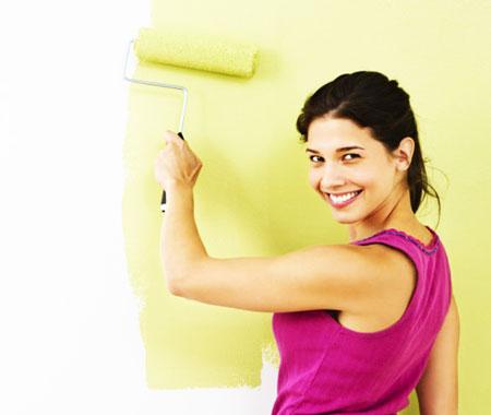 Покраска виниловых обоев – простой способ изменить внешний вид своего дома