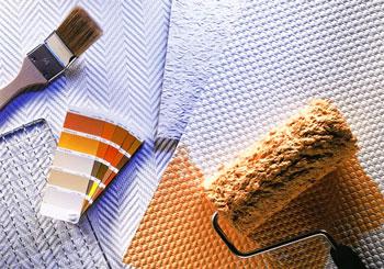 Для покраски рекомендуется использовать малярную кисть и валик